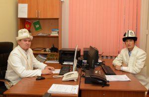 КМДБнын Ажылык-Умра жана Эл аралык байланыштар бөлүмүнүн башчысы Жолдошбек ажы Абдылдаев