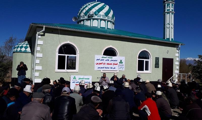 Бакай-Ата районуна караштуу Үч-Эмчек айылында Зунурайн атындагы заманбап мечит колдонууга берилди