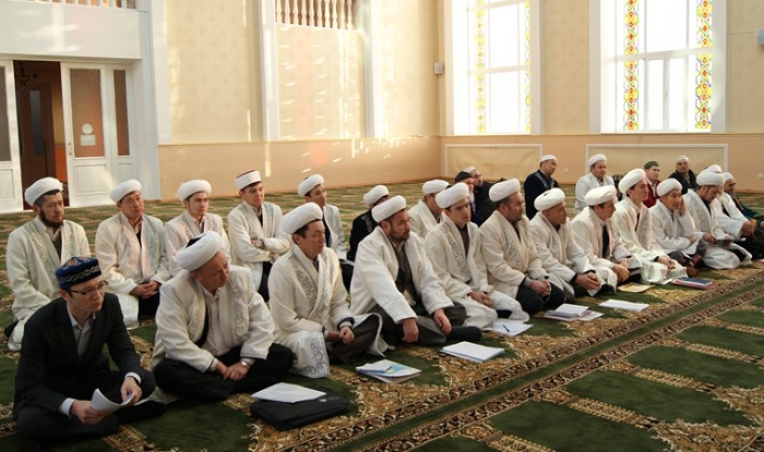 Ысык-Көл районунун баш имам хатиби аймактагы имамдарды жоопкерчиликтүү болууга чакырды