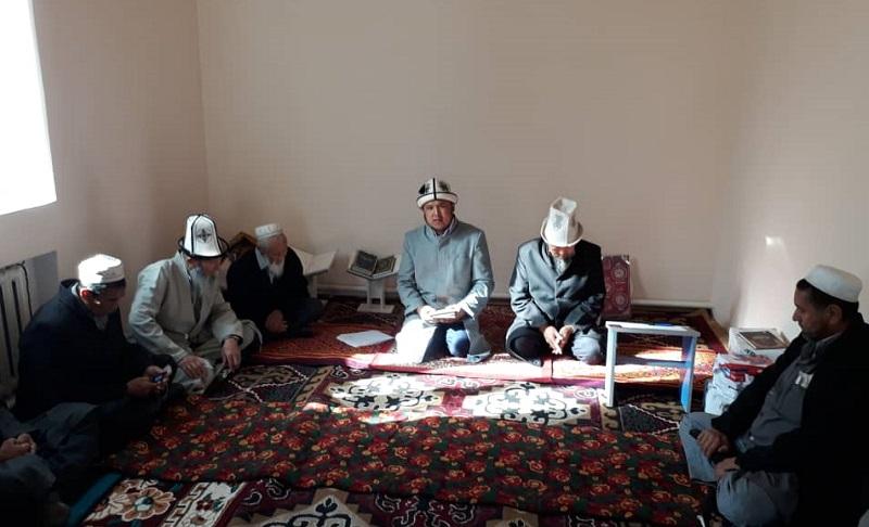 Баткен райондук хатибияты аймактагы имамдардын ишмердүүлүгүнө өз бааларын беришти
